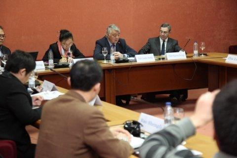 Pablo González Mariñas. Profesor de Dereito na UDC. Primeira parte.  - Xornadas sobre autonomías en España e China: Galicia como exemplo